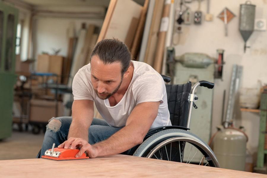 Ouvrier handicapé